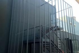 Декоративное обрамление лестницы