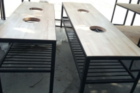 Металлическая подставка под умывальники двойная