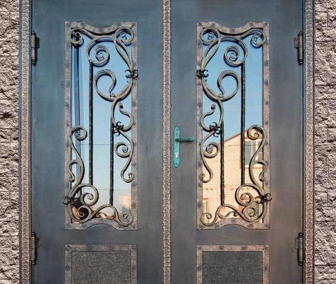 Причины популярности металлических дверей